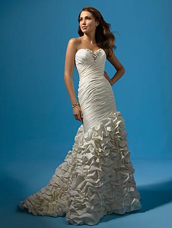 Свадебные платья 2011: тренды ведущих дизайнеров